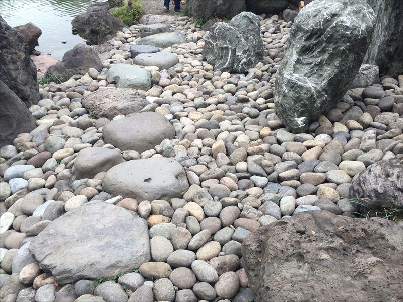 今の時代おしゃれな石庭みたいな意匠