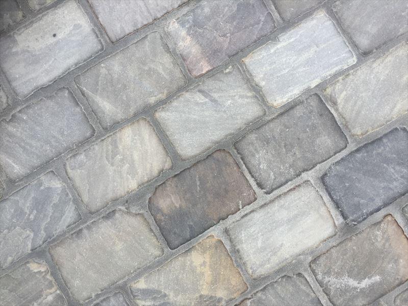オシャレな存在感と落ち着きのある石畳