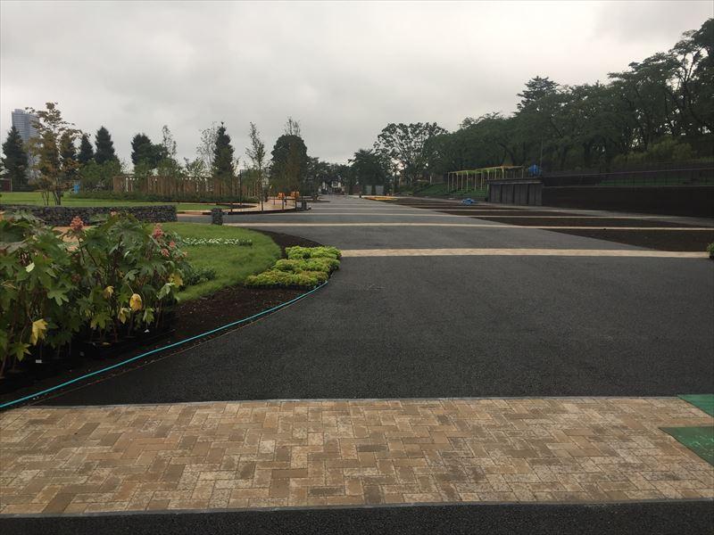 メイン会場の富士森公園は改修中