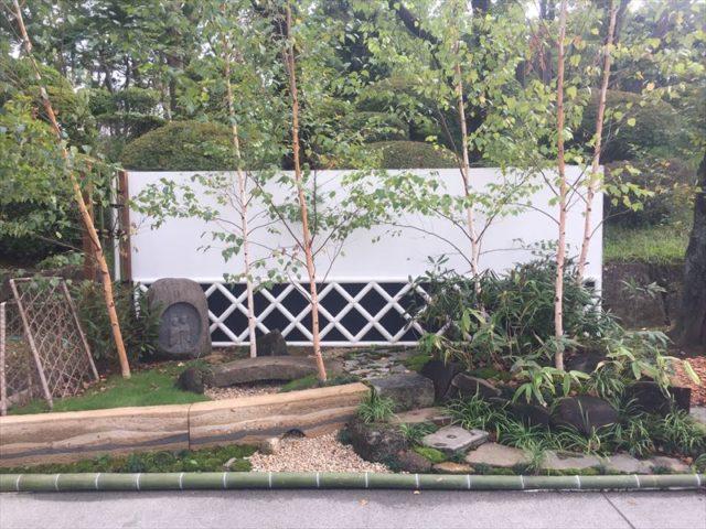 武家時代の壁っぽいお庭