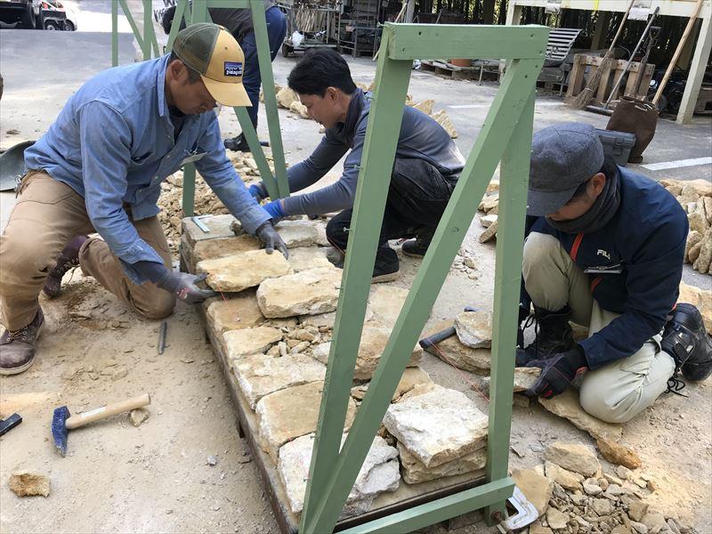 ファンデーションという一番下の石を積む講習会の生徒達