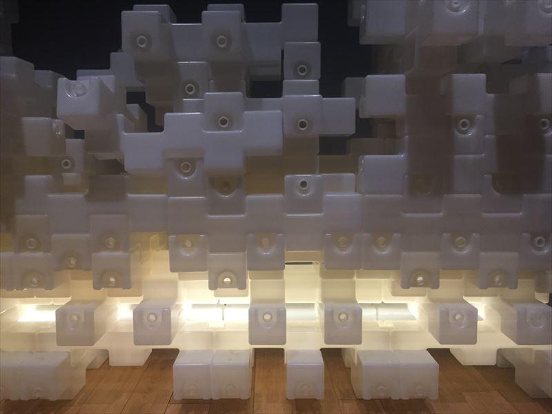ニューヨーク近代美術館で発表された隈研吾のインスタレーション