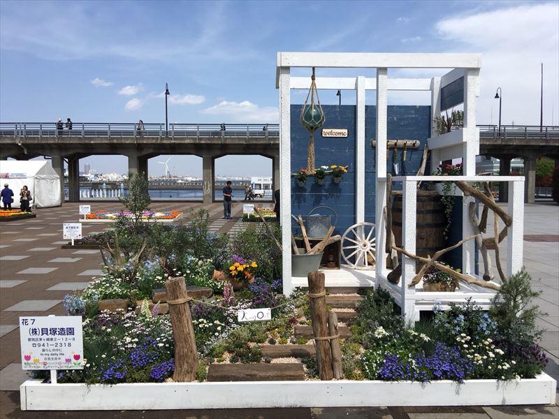 完成した第40回よこはま花と緑のスプリングフェアの貝塚造園チームの庭