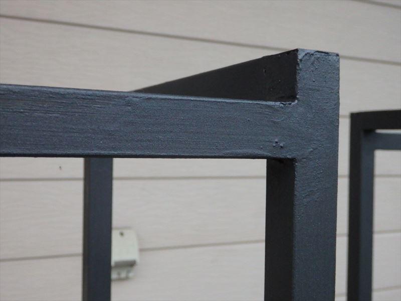 綺麗な角が素晴らしいアイアン溶接と塗装