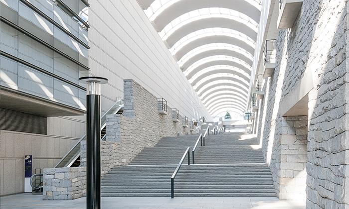 渋谷区初台にある日本を代表する大ホール