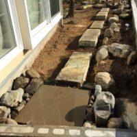 既存の材料を主に使いまわした施工費を抑えた庭づくり