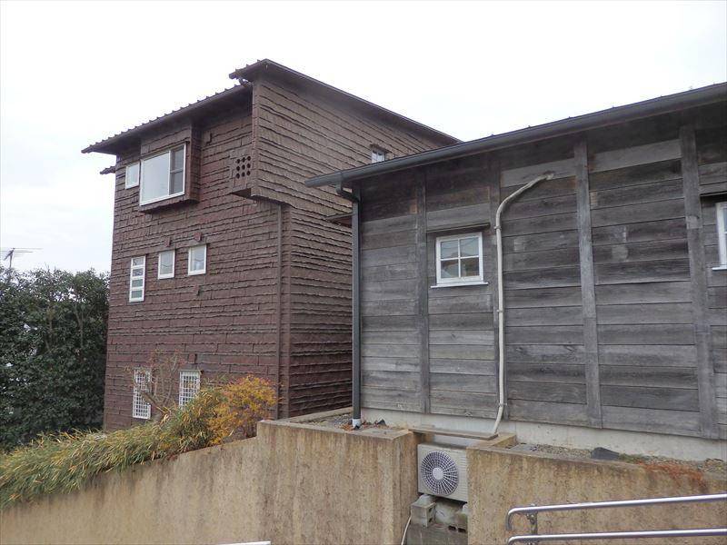 木製のカワイイ倉庫がある藤森照信建築