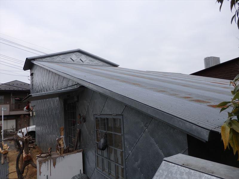 藤森照信さんの有名建築トタンの家
