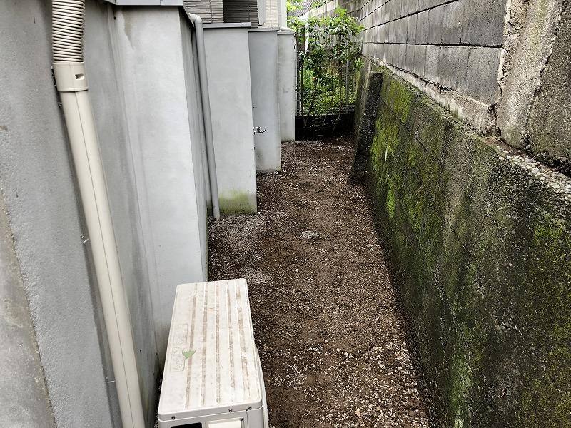 ドクダミでいっぱいだった世田谷のお庭の除草を行った綺麗なお庭