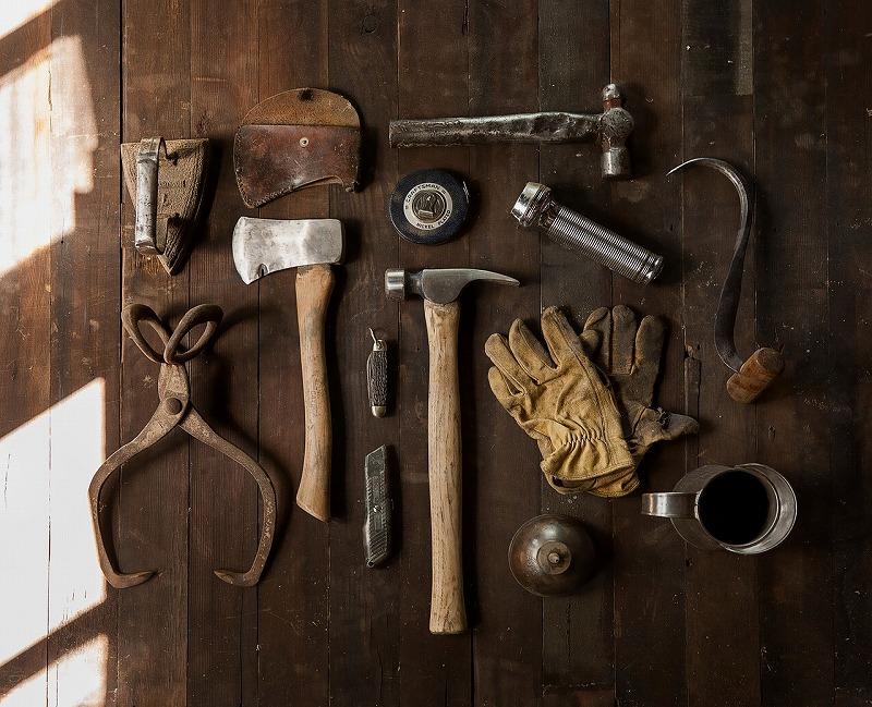 お庭づくりを行う際に使用する道具の一部