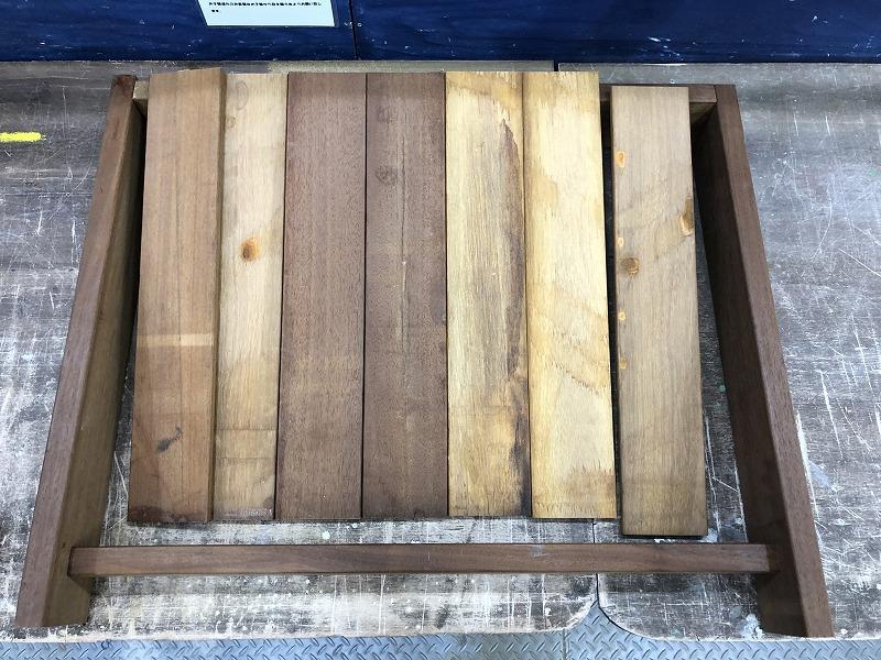 材木のカットが終わったエアコンの室外機の完成イメージ