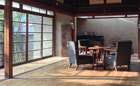 畳敷きから床板にDIYで改装した世田谷区奥沢にあるシェア奥沢の広間