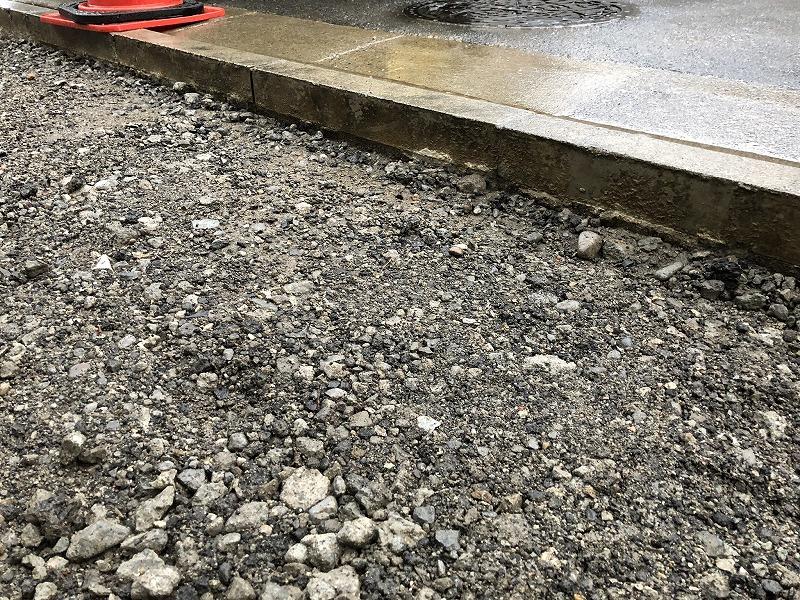 足立区の中央本町耳鼻咽喉科の工事で綺麗に路盤が整備された駐車場の基礎