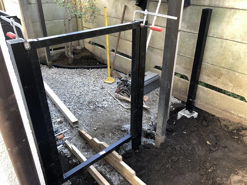 国分寺市で施工する樹脂の門扉とフェンス