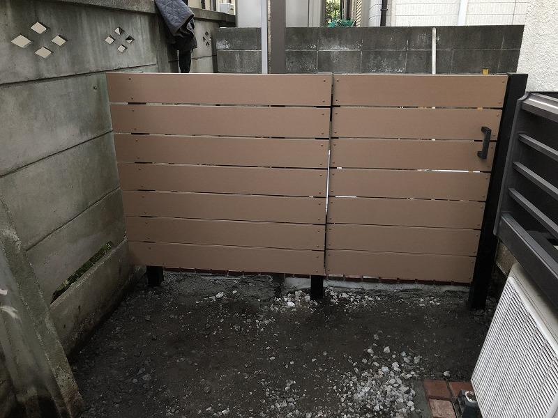 国分寺市で施工完成した樹脂フェンスと門扉