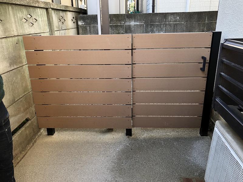 国分寺市で施工したアルミ支柱と樹脂フェンスと門扉