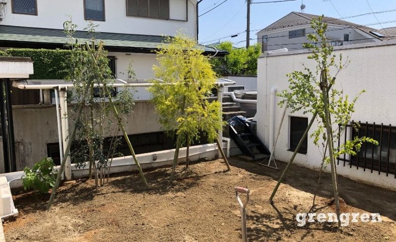 芝生を敷く直前の綺麗に整った横浜市の個人邸の庭