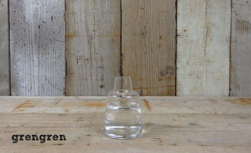 体験プランと同じ大きさのホルムガードの花瓶