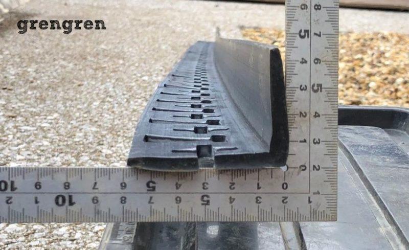 砂利やブロックの施工して仕分けるための枠材