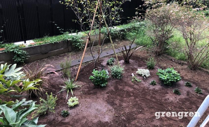 杉並区のマンションの専用庭の植栽