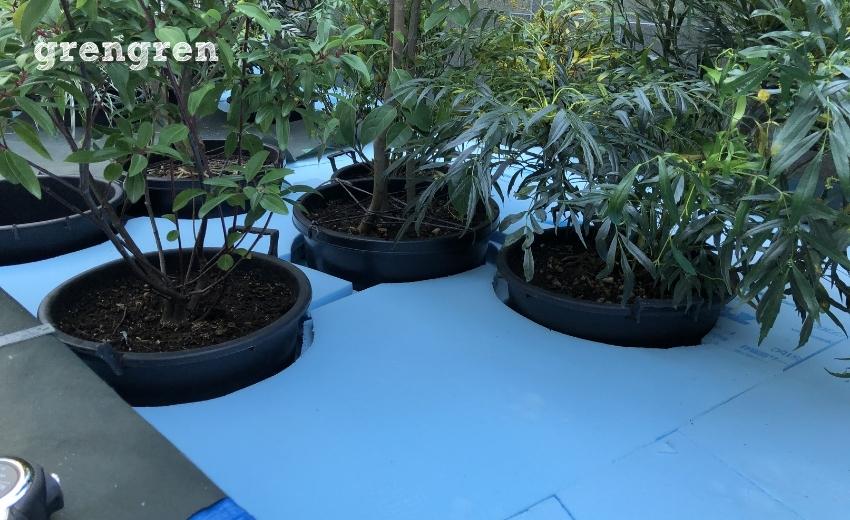 スタイロフォームをつかってお庭の床上げ作業