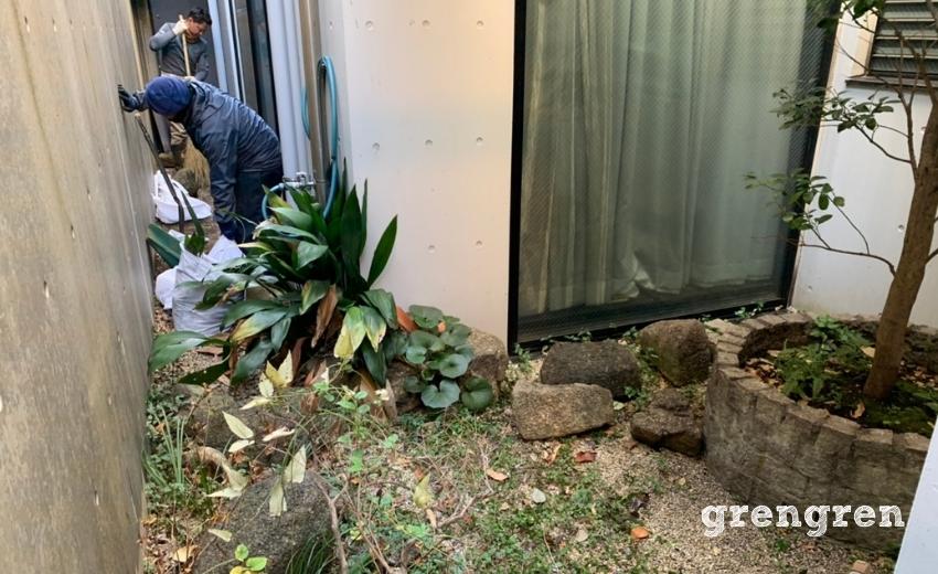 既存のお庭撤去のための大掃除と廃棄処分
