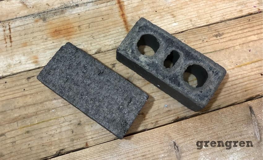 中野区で施工した備長炭のようなおしゃれレンガ2種類