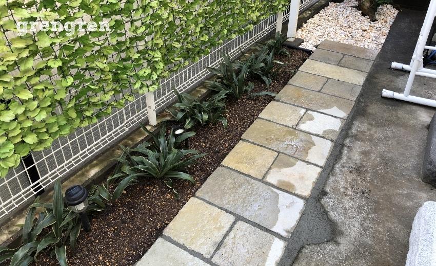 自然石と砂利を使ったお庭づくり