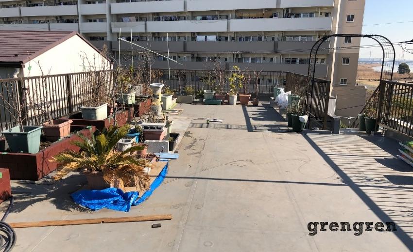 なかなか手が付けられない大田区の屋上ガーデン