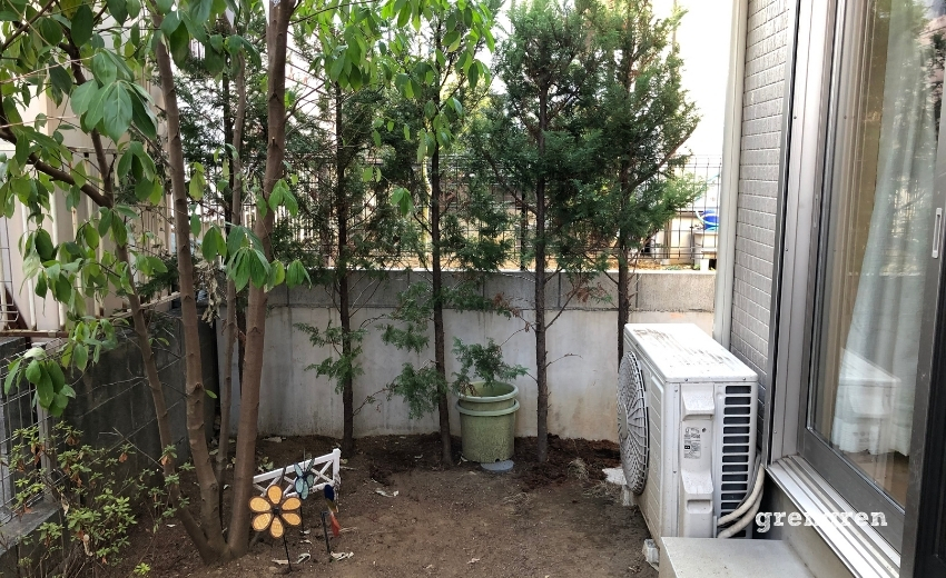 簡素だが整理された狛江市の個人邸