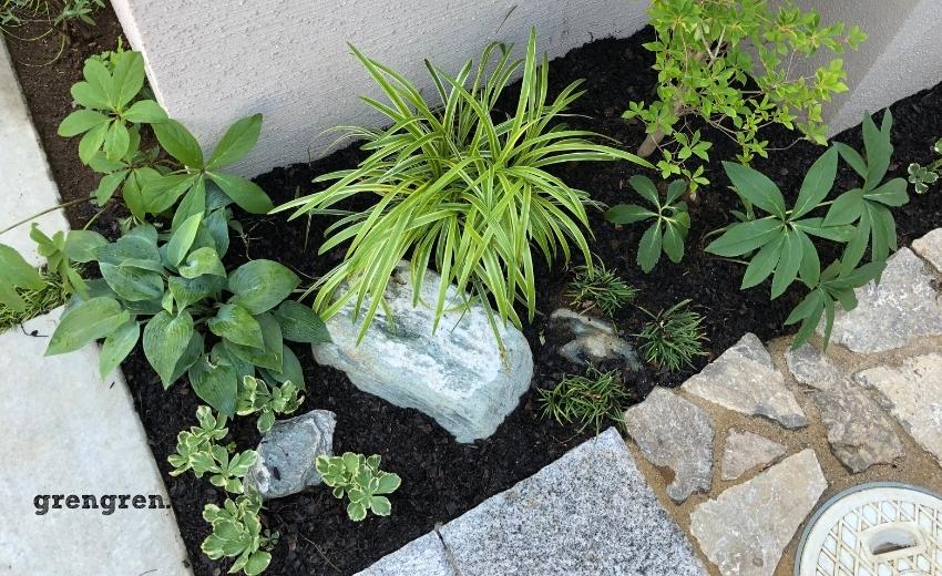町田市の玄関アプローチの施工と和モダンの植栽