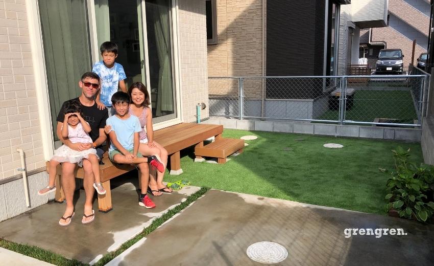 稲城市で施工した縁側デッキと人工芝の最高のお庭づくり
